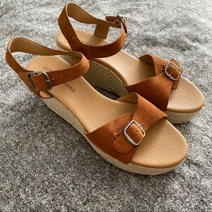 Lucky Brand tan espadrille wedges size 9.5